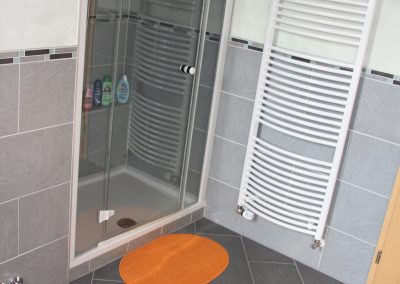 Ferienwohnung 2 Dusche